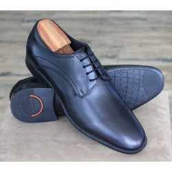 Sioux Isaro black 4 eye derby