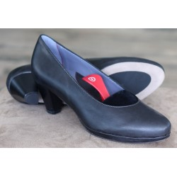 Sioux Jelana black court shoe