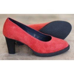 Sioux Tami red suede court...
