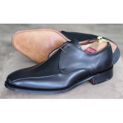 J699-81 Cheaney Factory...
