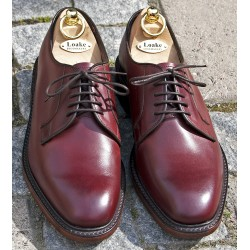 Loake Perth burgundy 5 eye...